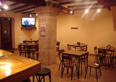 Bar salon mesas