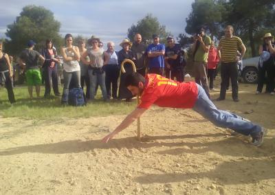 Romeria al santet 2015 juego popular con baston