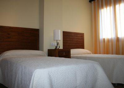 habitaciones-baseta-campet-camas